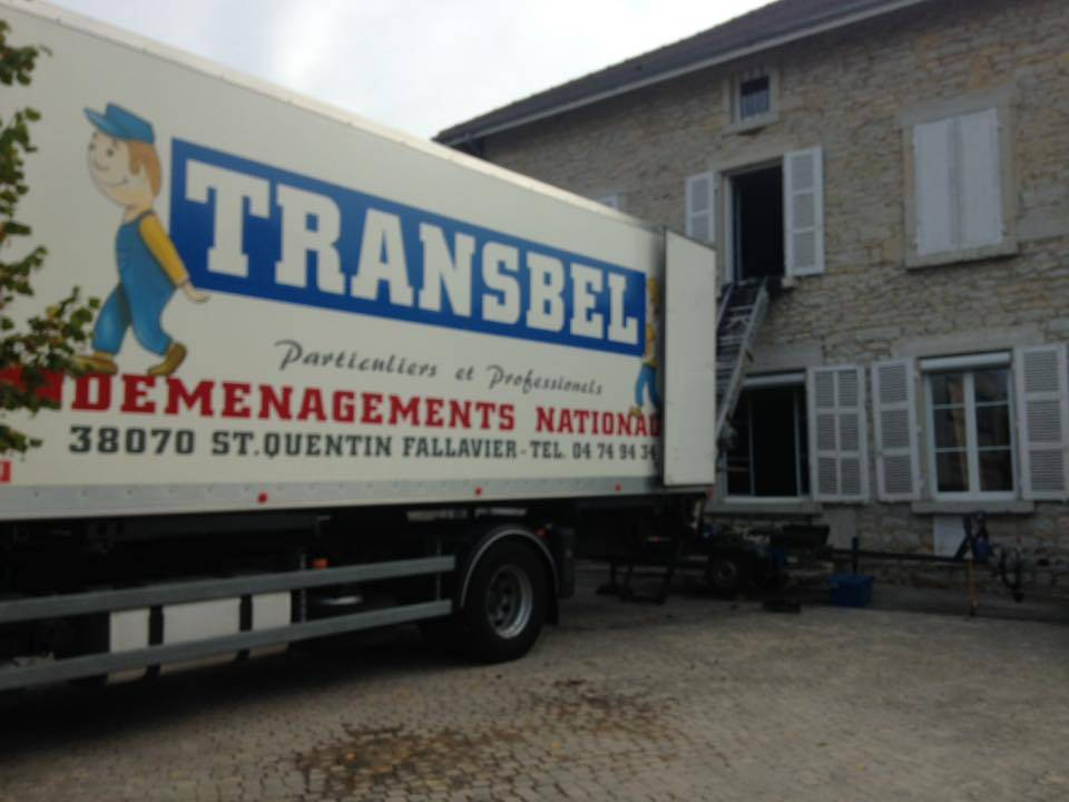 Un mat riel de professionnel entreprise de d m nagement et garde meuble lyon transbel - Transport meuble particulier ...